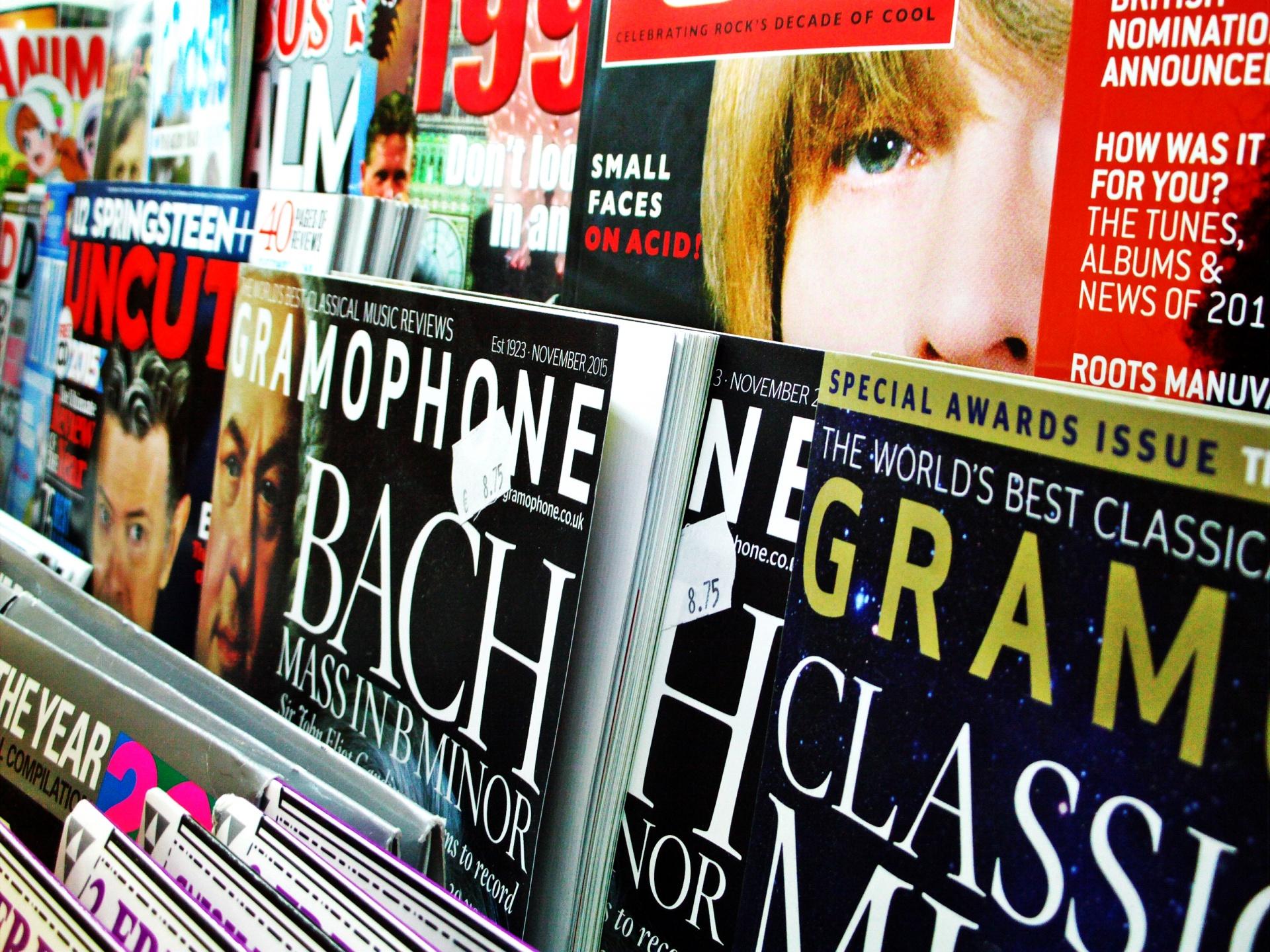 magazines-1449952437lq6
